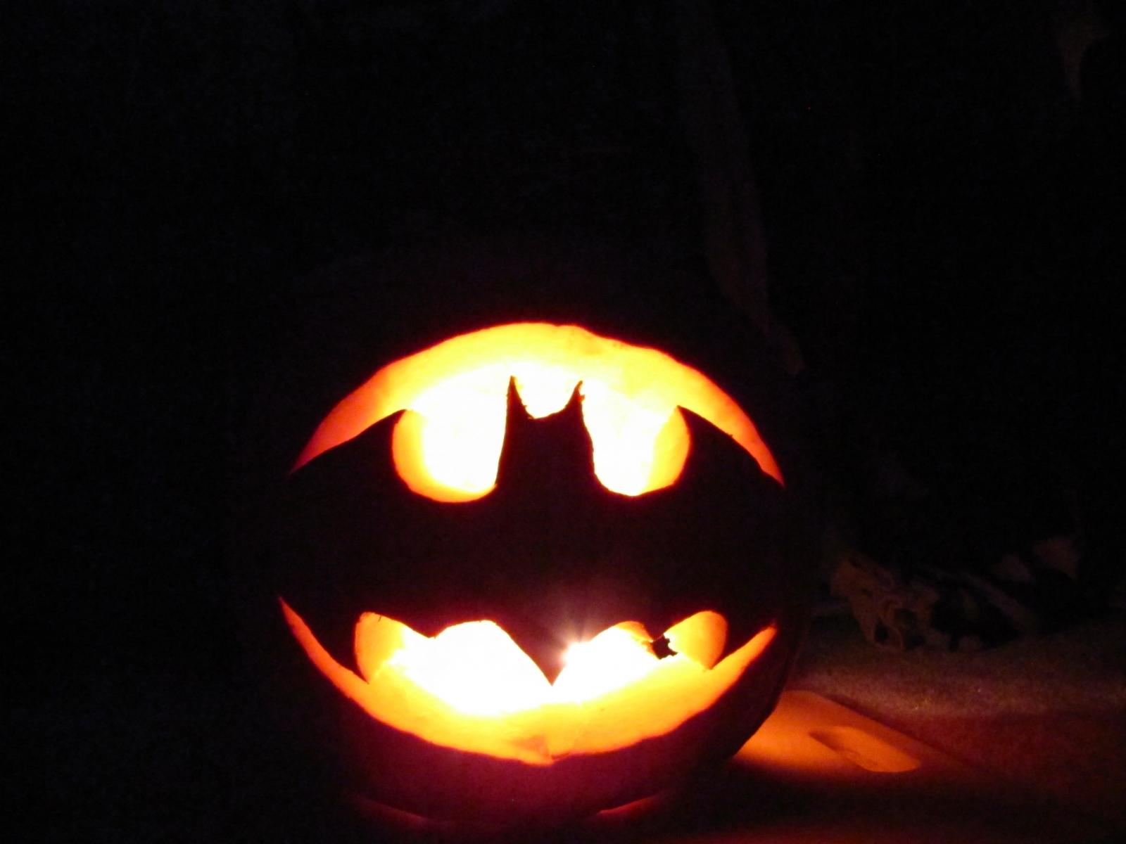 Batman Pumpkin Template