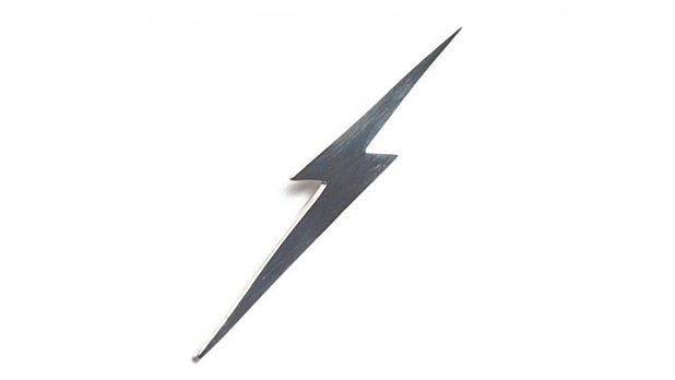 Lightning Bolt Bolt Necklace - MensJournal.com