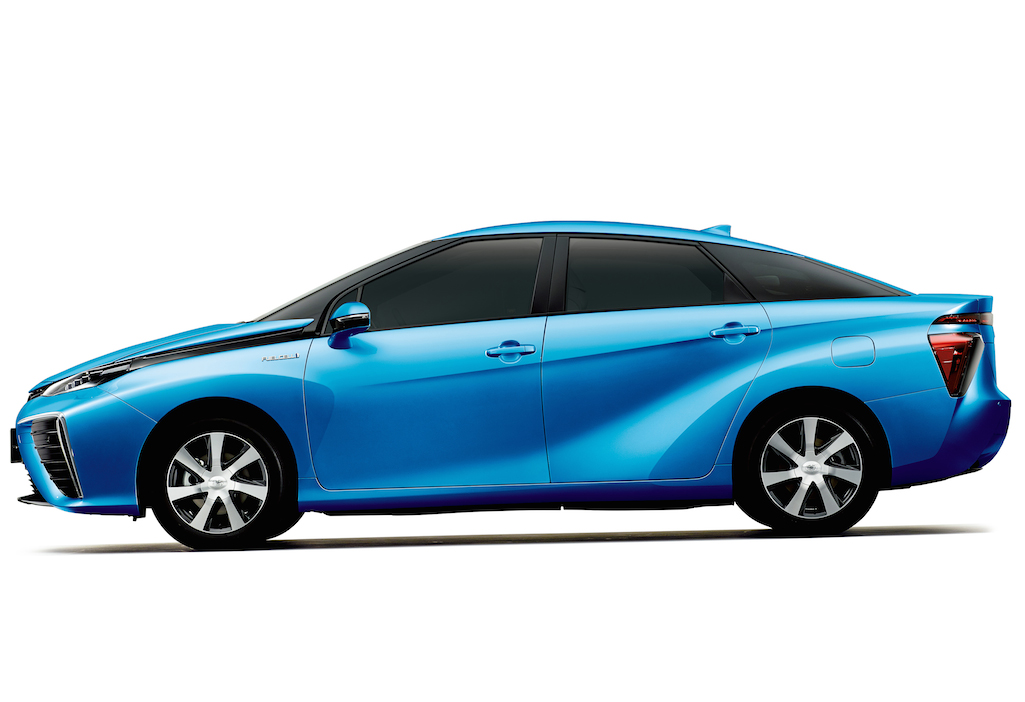 toyota s new hydrogen powered car asks a high price for