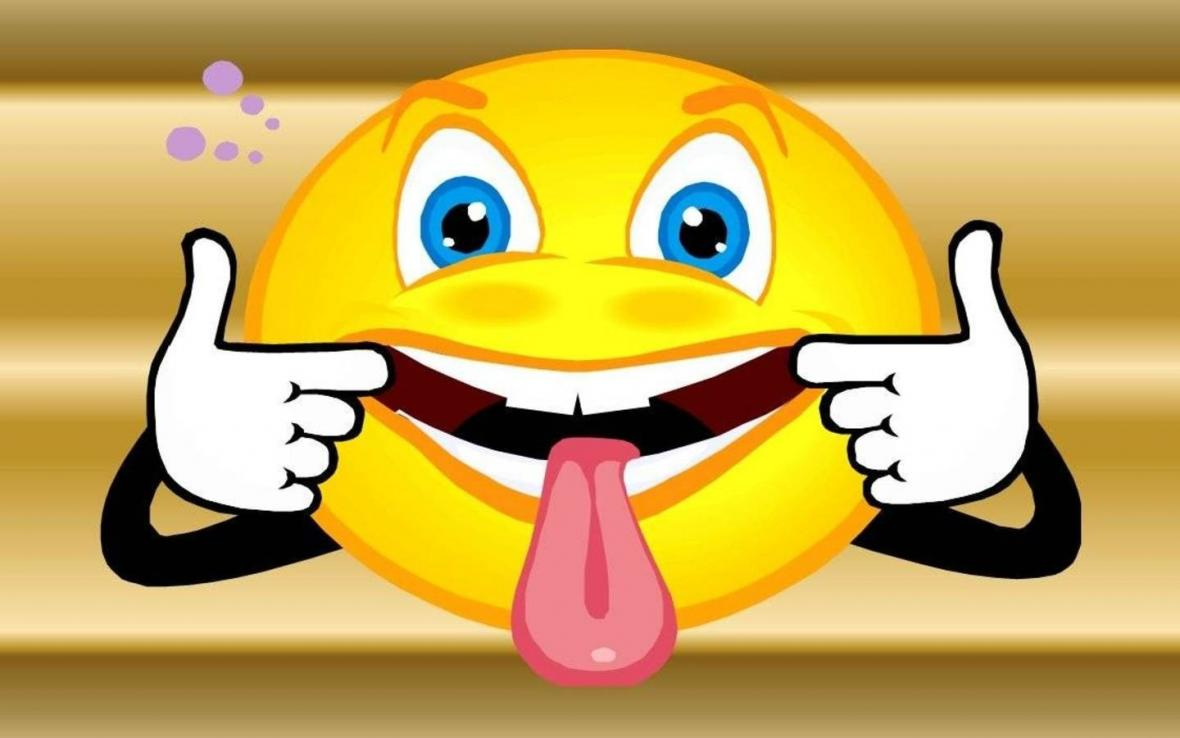 Cartoon face with tongue sticking out