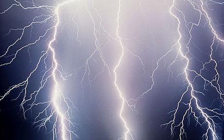 Lightning bolt kills mother and her four children - Telegraph